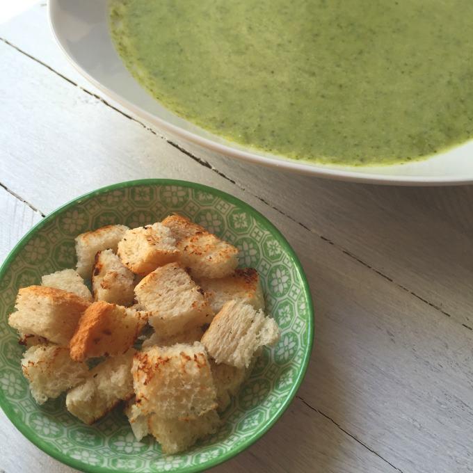 Brokkolicremesuppe (1)