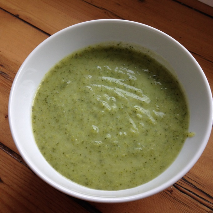 brokkolicremesuppe-zubereitung