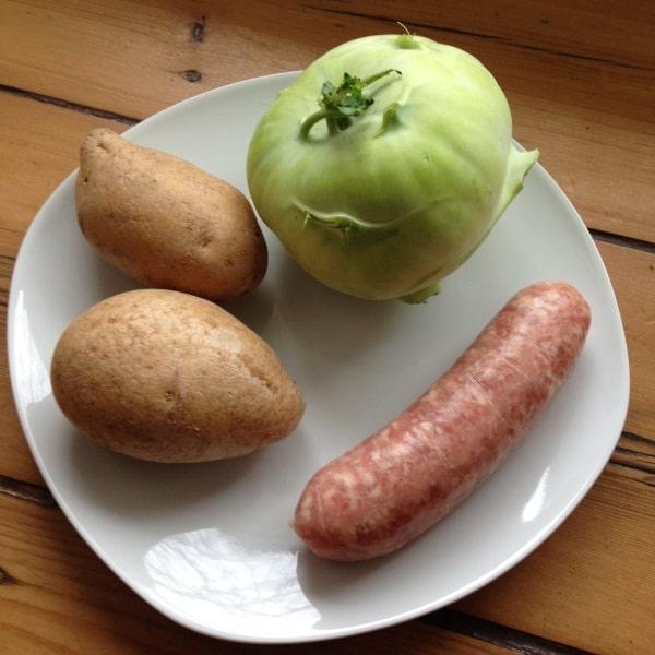 kohlrabigemuese-mit-salzkartoffeln-und-bratwurst-zutaten