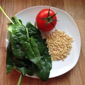 Weizen-Tomaten-Spinat