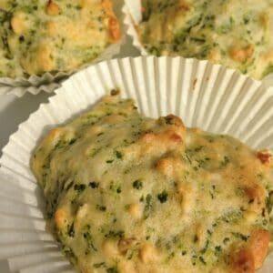 Brokkoli-Haferflocken-Muffins ohne Ei