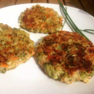 Brokkoli-Möhren-Dinkelflocken-Taler
