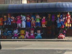 …basteln wir Piñatas