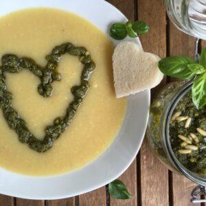 Bohnensuppe mit Pesto