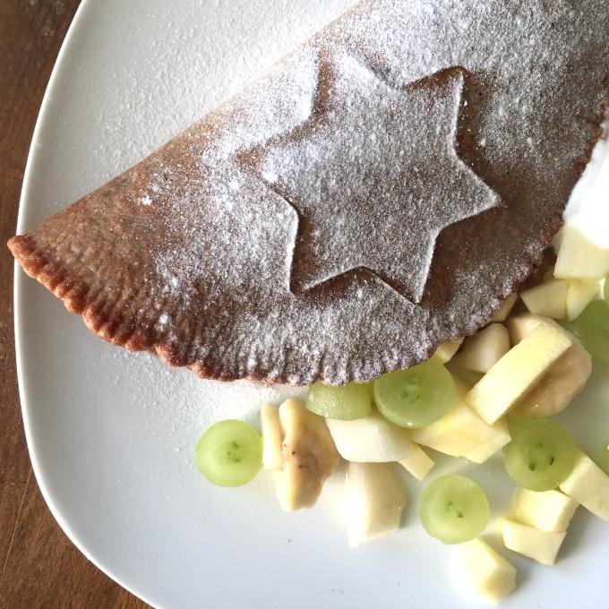 Umgang mit Messern Obstsalat Schokopfannkuchen (4)