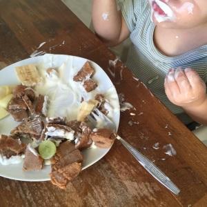 Umgang mit Messern Obstsalat Schokopfannkuchen (9)