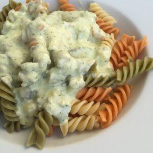 Pasta mit Zucchini-Frischkäse-Soße