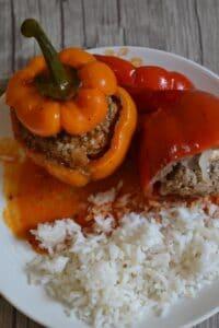 Gefüllte Paprika mit Hackfleisch und Feta