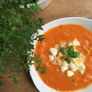 Tomaten Mozzarella Suppe (1)