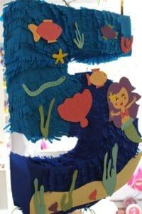 …basteln wir eine Meerjungfrauen-Piñata
