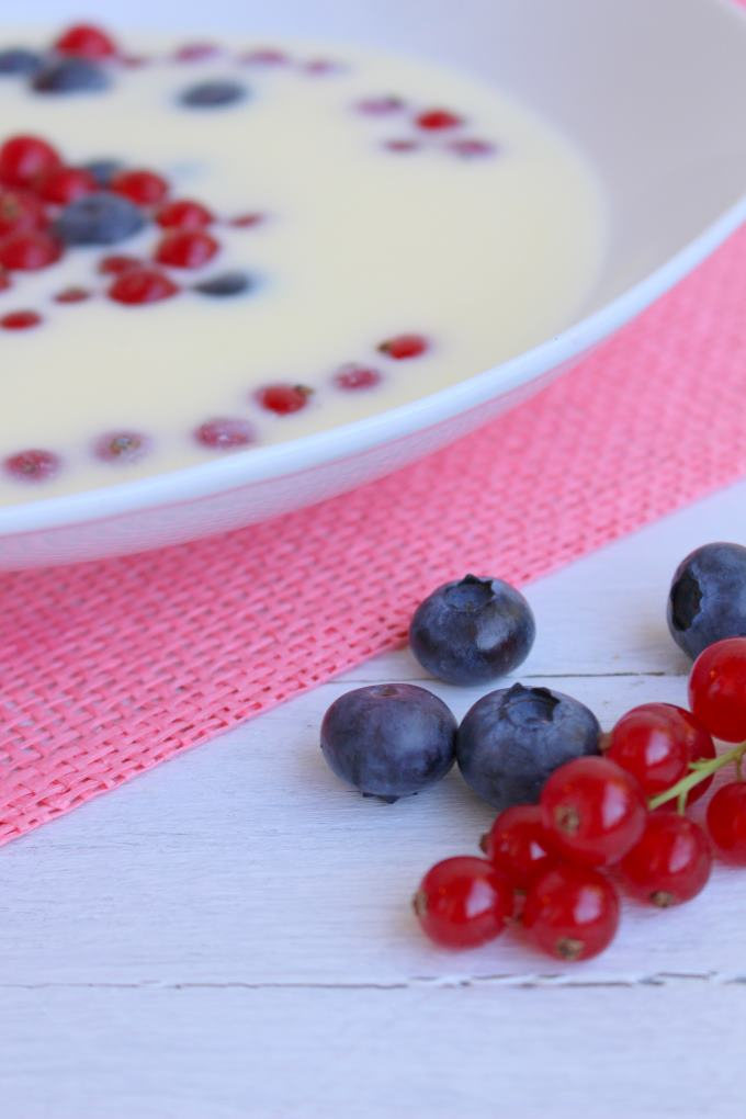 Süße Buttermilchsuppe (2)