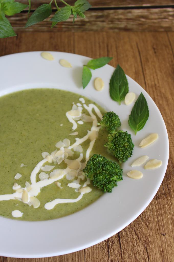 brokkoli-minz-suppe-1
