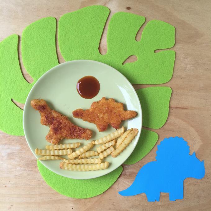 wir feiern eine dino geburtstagsparty kinder kommt essen. Black Bedroom Furniture Sets. Home Design Ideas