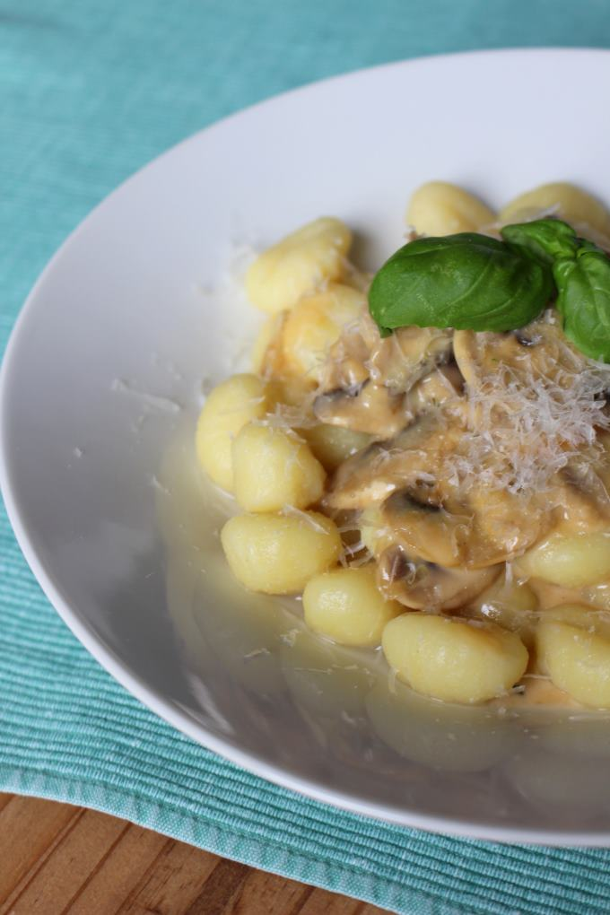 Gnocchi mit Pilz-Käse-Sauce