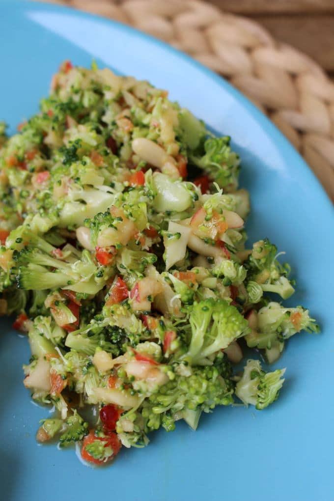 Kartoffel-Leberkäs-Pfanne mit Brokkolisalat
