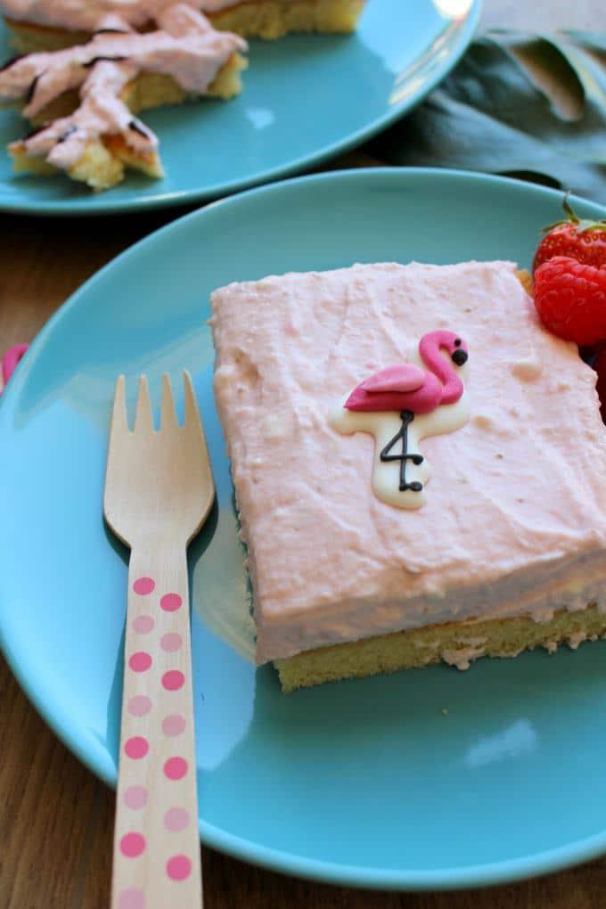 Fantakuchen mit Erdbeer-Himbeer-Creme