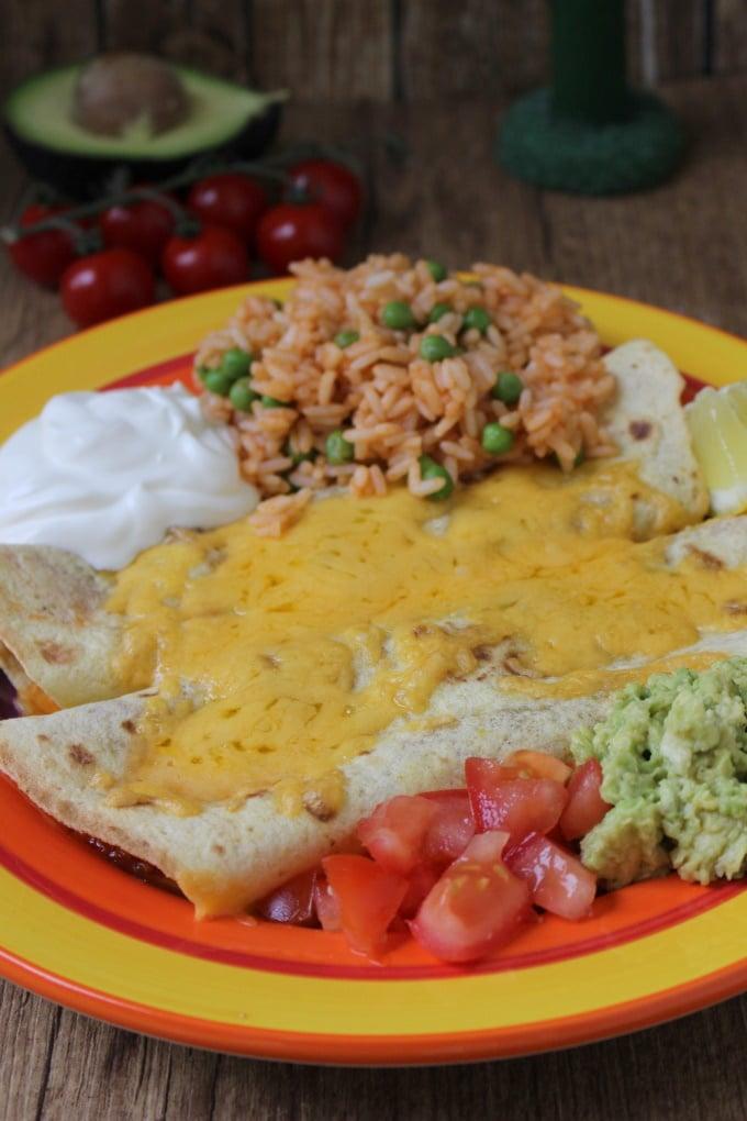 Enchiladas mit Tomatenreis